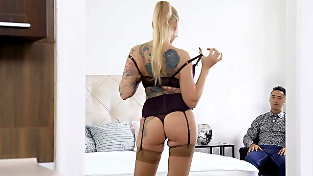 Blonde woman acts premium on man's over sized dick