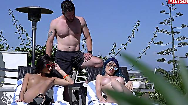 Sex by the lake in wonderful amateur threesome