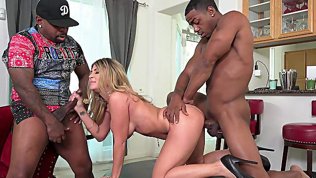 Wife endures serious BBc down her wet holes in home alone XXX trio