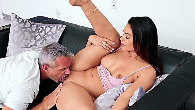 Man fucks this married woman so fine that she becomes addicted to his dick