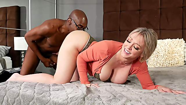 Mature shakes large black inches up her fresh twat