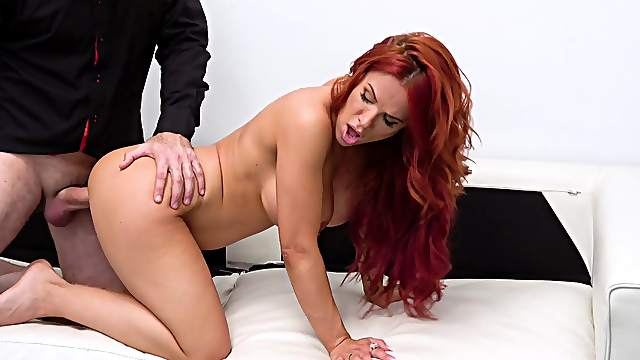 Perfect casting bang for beautiful redhead Jennifer Keelings