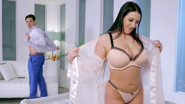 Man's huge dick suits the thick MILF with the right inches