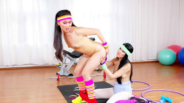 Sporty chicks provides serious scenes of lezzie action